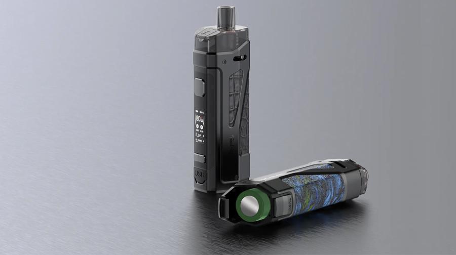 The Smok Scar P5 vape kit utilises a removable 18650 vape battery for enhanced power output and battery life