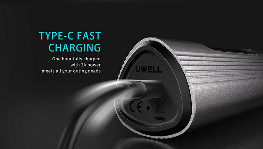 The Uwell T1 pod kit's 1200mAh battery can last longer between charges and can also be recharged quickly.